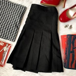 American Apparel Black Pleated Skirt